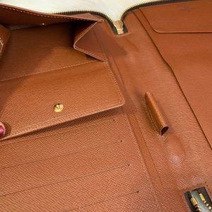 Louis Vuitton Bags - Authentic Louis Vuitton Zippy Travel Organizer